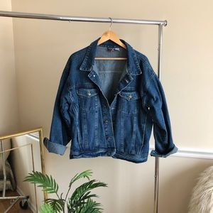Jackets & Blazers - Oversized Denim Blue Jean Trucker Jacket Size L
